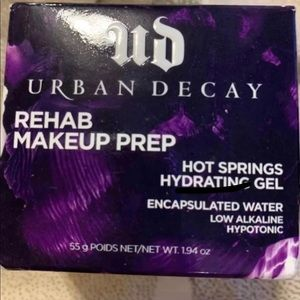 Urban Decay Makeup - Urban Decay rehab makeup prep
